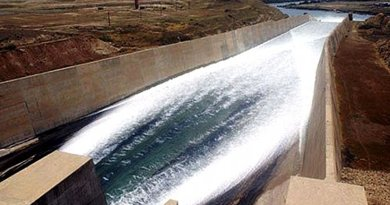 Chuteway of Iraq's Mosul Dam. Photo Credit: United States Army Corps of Engineers, Wikipedia Commons.
