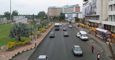 Kuantan, capital of Pahang, Malaysia. Photo by Only Truth, Wikipedia Commons.
