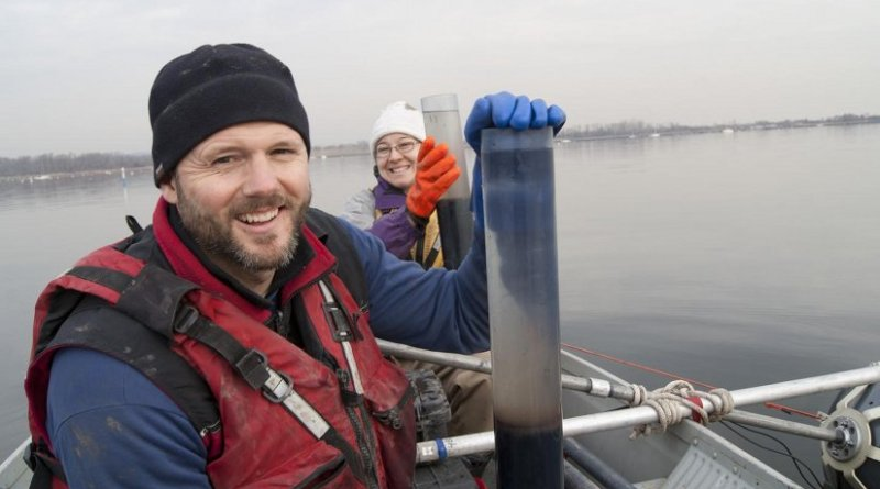 Jon Woodruff and doctoral student Christine Brandon collected core sediment samples from 5 to 6.5 meters (about 16 to 21 feet) deep, going back about 3,000 years in outer New York Harbor's hisory to analyze storm layers and other features. Credit UMass Amherst