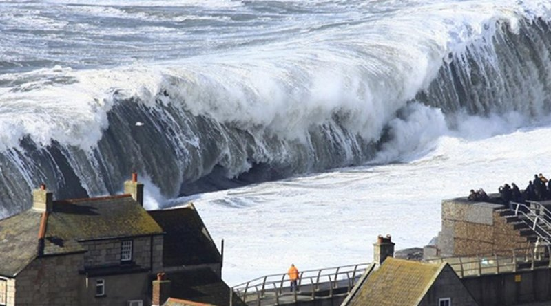 Extreme waves impacting on Chesil Beach in Dorset, UK, were taken on Feb. 5, 2014. Credit Richard Broome