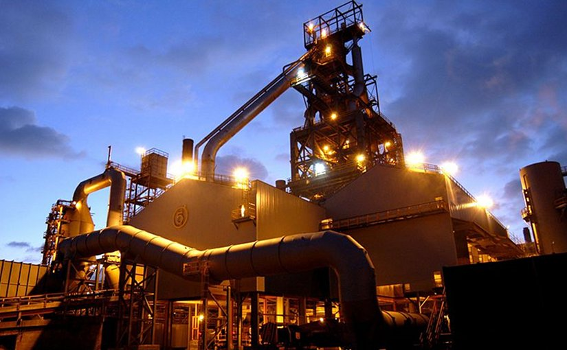 Tata Steel Europe's Blast Furnace 5 at the Port Talbot Steelworks. Photo by Grubb, Wikipedia Commons.
