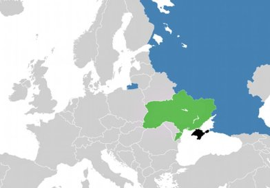 Locations of Crimea (black), Ukraine ( green) and Russia (blue). Source: Wikipedia Commons.