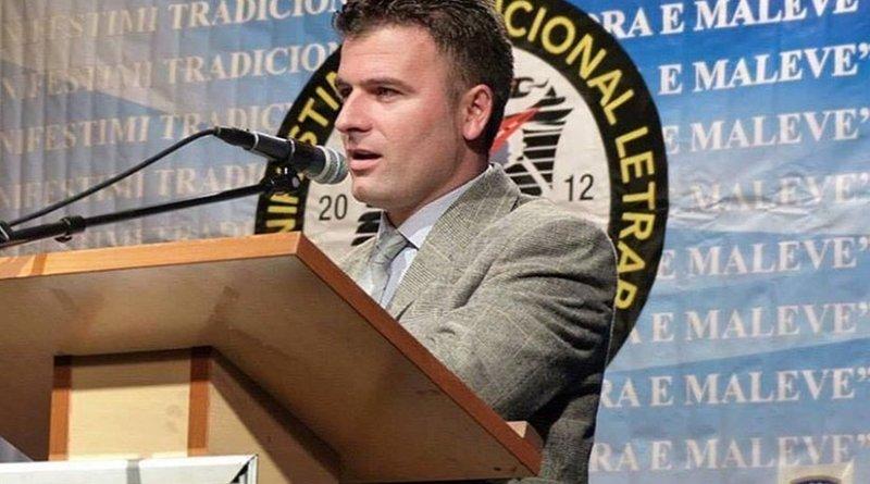 Poet and Jurnalist Jeton Kelmendi. Photo by Yasmeenalani, Wikipedia Commons.