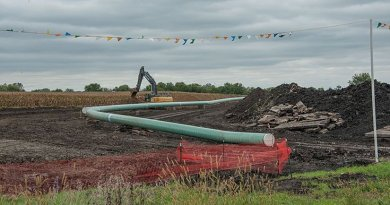 Dakota Access Pipeline in Iowa, United States. Photo by Carl Wycoff, Wikipedia Commons.