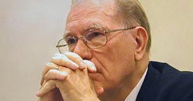 Lyndon LaRouche. Photo by Museras, Wikipedia Commons.