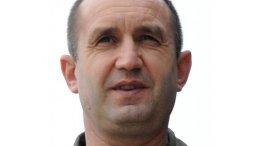 Bulgaria's Rumen Radev. U.S. Air Force photo / Airman 1st Class Nathan L. Maysonet, Wikipedia Commons.