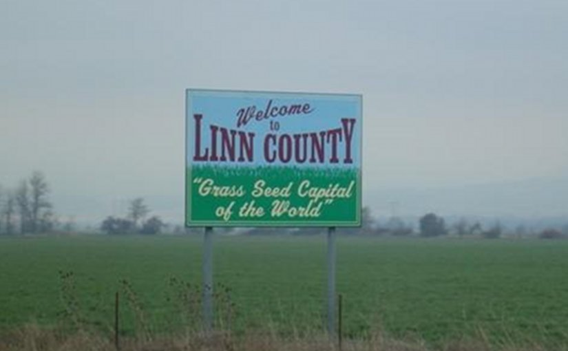 Sign welcoming visitors to Linn County, Oregon. Photo by Otebig, Wikipedia Commons.