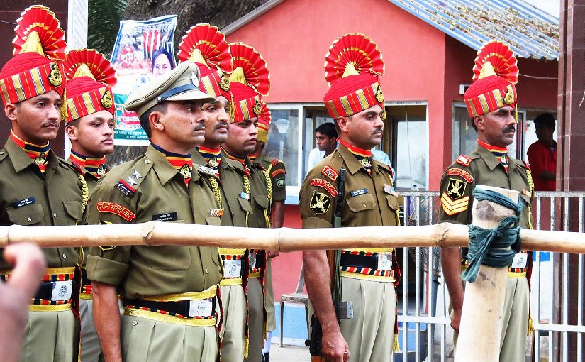 Bangladesh's Border Security Force (BSF) soldiers at Petrapole. Photo by Partho72, Wikimedia Commons.