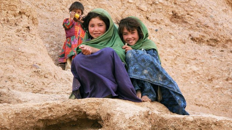 Girls in Afghanistan. Photo by Mario Santana, Wikimedia Commons.