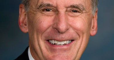 "Daniel Ray ""Dan"" Coats. Photo Credit: Office of United States Senator Dan Coats, Wikipedia Commons."