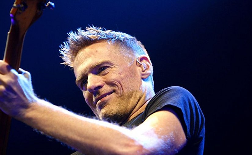 Bryan Adams. Photo by Marco Maas, Wikipedia Commons.