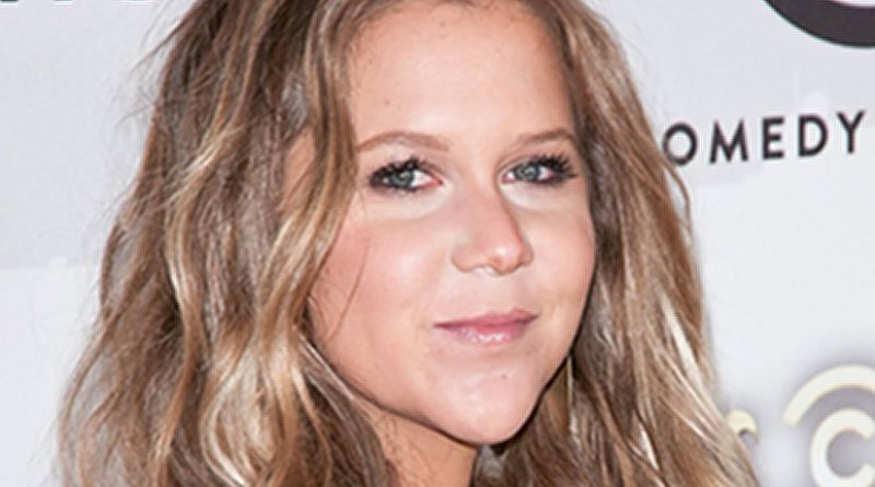 Amy Schumer. Photo by Mario Santor, Wikipedia Commons.