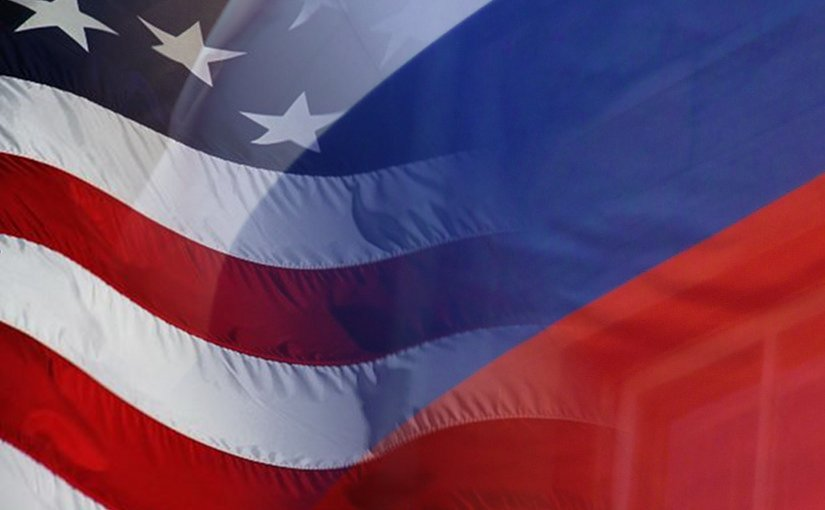 Flags of the United States and Russia.