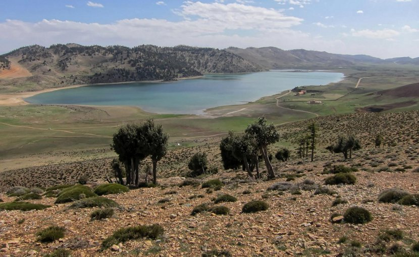 The Lake Sidi Ali is located in the Moroccan Middle Atlas at 2,080 meters above sea-level. The position of the lake is in the North Saharan desert margin. Credit Photo by Sidi Ali dust research group