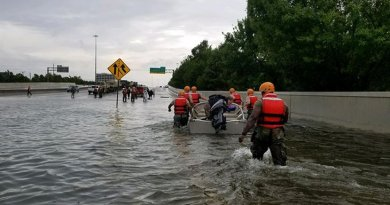 exas National Guard soldiers arrive in Houston to aid residents in heavily flooded areas from the storms of Hurricane Harvey, Aug. 27, 2017. Texas Army National Guard photo by 1st Lt. Zachary West