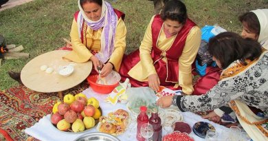 Pomegranate Festival is an annual cultural festival that is held in Goychay, Azerbaijan. Women are making lavash bread. Photo by Moonsun1981, Wikimedia Commons.