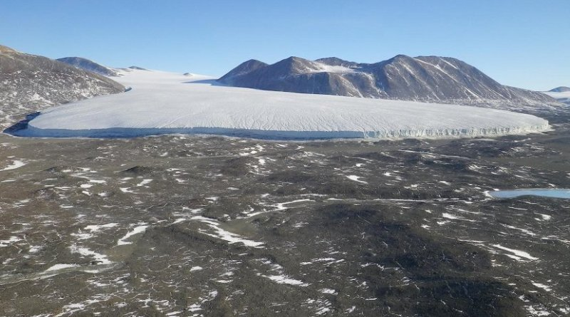 A view of a glacial field near the McMurdo Dry Valleys research site in Antarctica. Credit Michael Gooseff