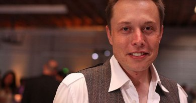 Elon Musk, Photo by Brian Solis, Wikipedia Commons.