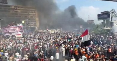 Rabaa al-Adawiya, Egypt, during the dispersal of Morsi supporter sit-ins on August 14. Photo by Amsg07, Wikipedia Commons.