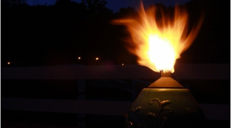 tiki torch fire