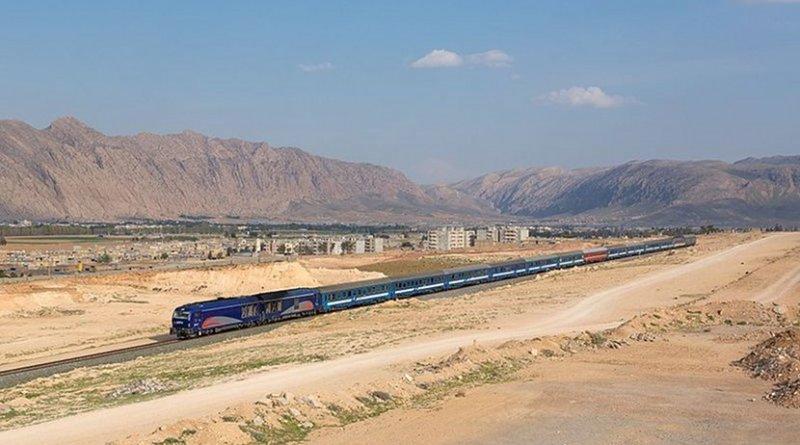 Islamic Republic of Iran Railways with the night train from Shiraz to Tehran outside of Shiraz, Iran. Photo by Kabelleger / David Gubler, Wikimedia Commons.