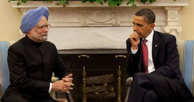 US President Barack Obama with India's Prime Minister Manmohan Singh. Photo Credit: White House, Wikimedia Commons.