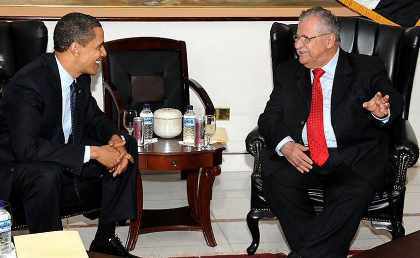 Jalal Talabani with U.S. President Barack Obama during a visit to Camp Victory, Iraq, April 7, 2009. Photo by Spc. Kimberly Millett, DoD, Wikipedia Commons.