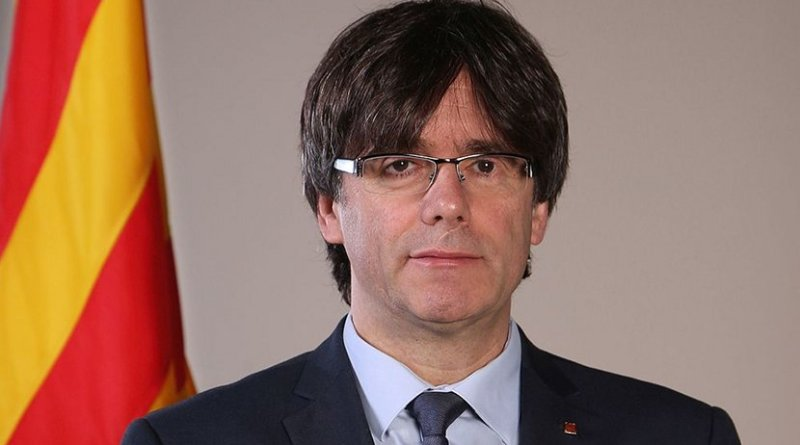 Catalan leader Carles Puigdemont Casamajó. Official photo, Generalitat de Catalunya, Wikipedia Commons.