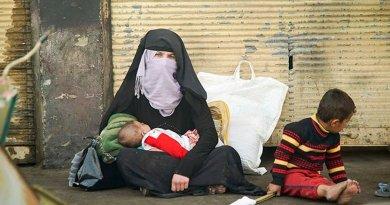 Iraq IDP Crisis refugees in Mosul, Iraq. Photo by Mstyslav Chernov, Wikimedia Commons.