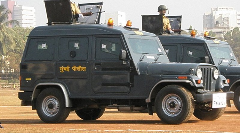 An armoured vehicle of the Mumbai Police Force (India). Photo by Suyogaerospace, Wikipedia Commons.