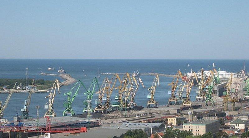 The port of Klaipėda, Lithuania. Photo by Žiedas, Wikipedia Commons.