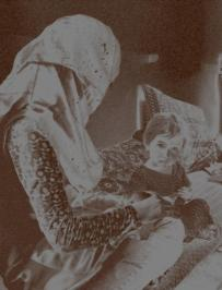 Surkh Gul with her daughter. Photo by Dr Hakim