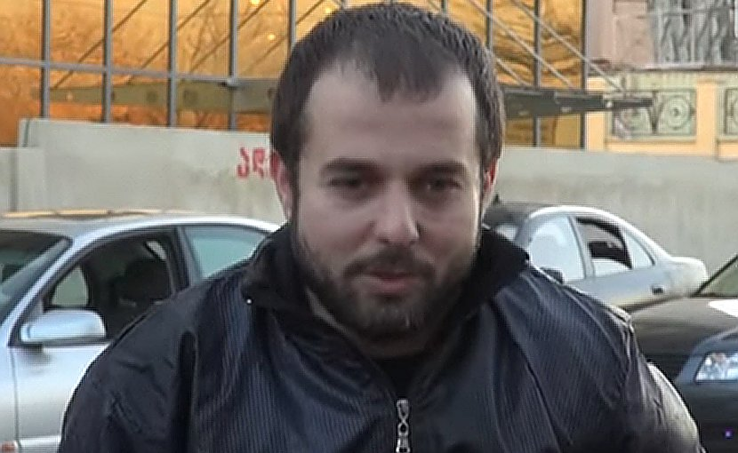 Ahmed Chatayev speaking to reporters following his release. Tbilisi, December 6, 2012. Photo: screengrab from info 9