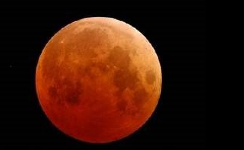 "Photo of a ""Blood Moon."""