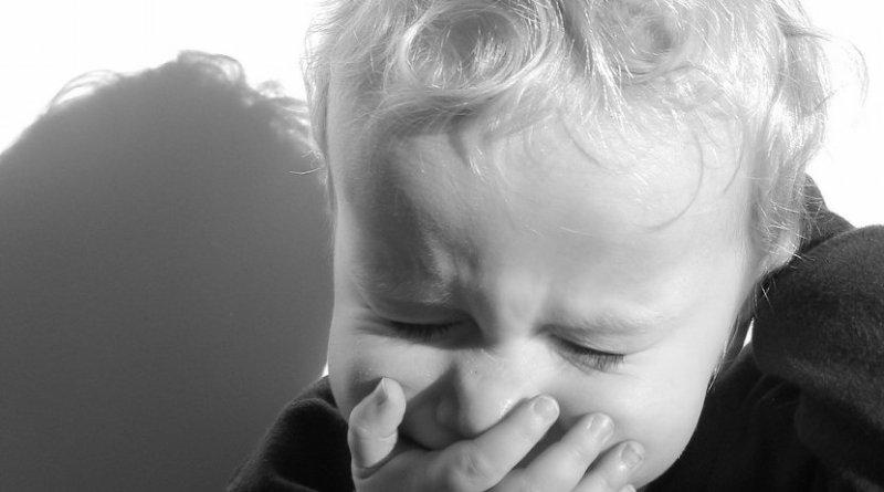 sneeze cough flu child
