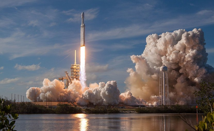 Launch of Falcon Heavy Mission. Photo credit: SpaceX, Wikimedia Commons.