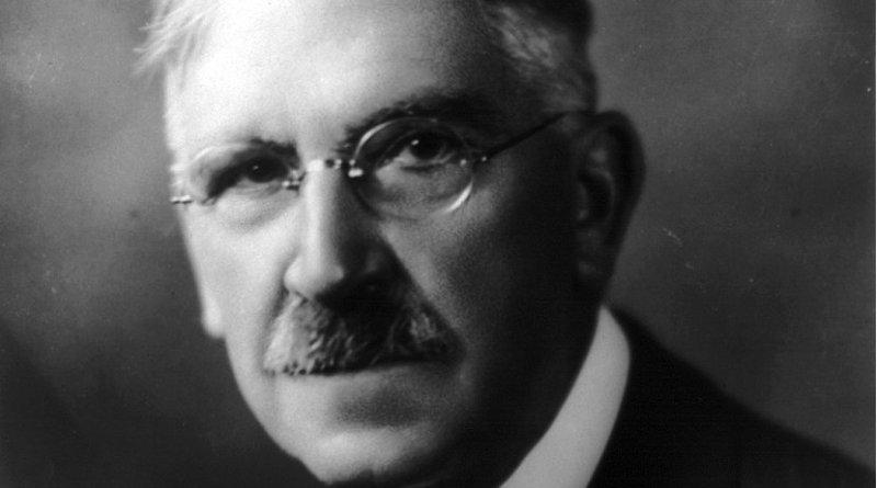 John Dewey. Photo by Underwood & Underwood, Wikipedia Commons.