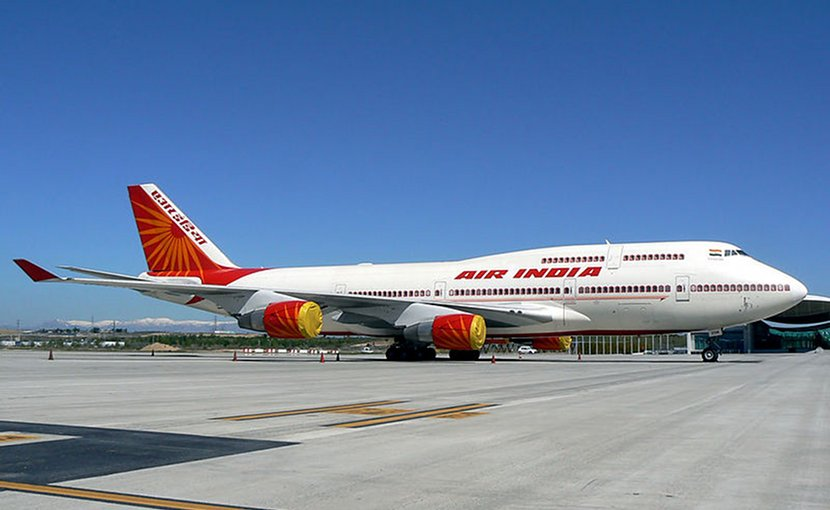 Air India airplane. Photo by José Luis Celada Euba, Wikimedia Commons.