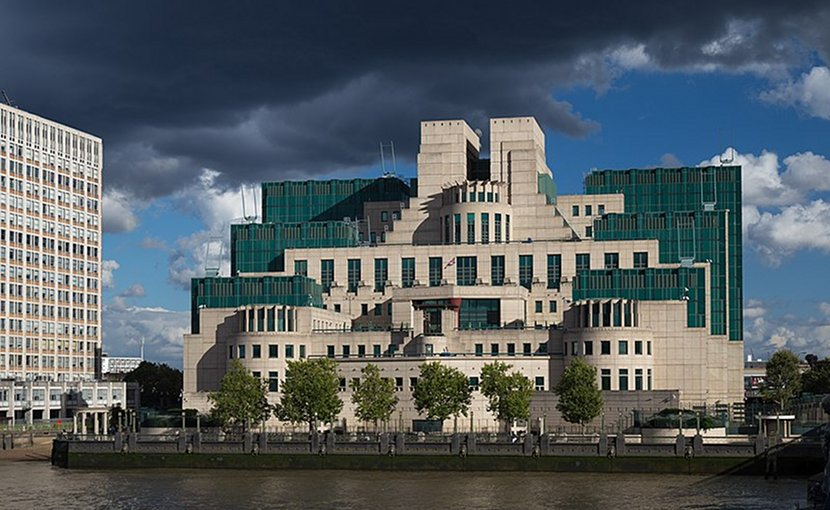 The SIS Building (or MI6 Building) at Vauxhall Cross, London, houses the headquarters of the British Secret Intelligence Service (SIS, MI6). Photo Credit: Laurie Nevay, Wikimedia Commons.