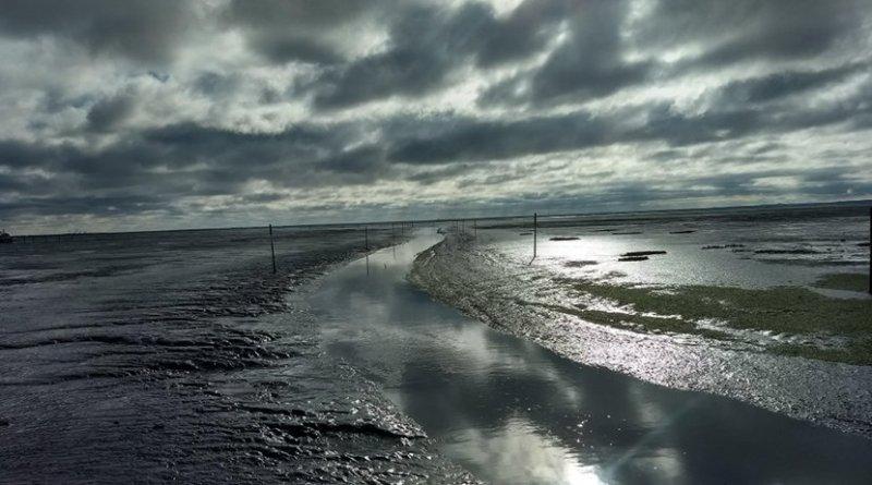 clouds tide ocean