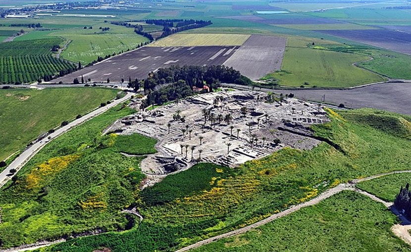The remains of the Tel Megiddo site in northern Israel. Photo by AVRAM GRAICER, Wikipedia Commons.