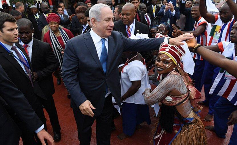 Israel's Prime Minister Benjamin Netanyahu arriving in Liberia. Photo Credit: Israel PM Office.