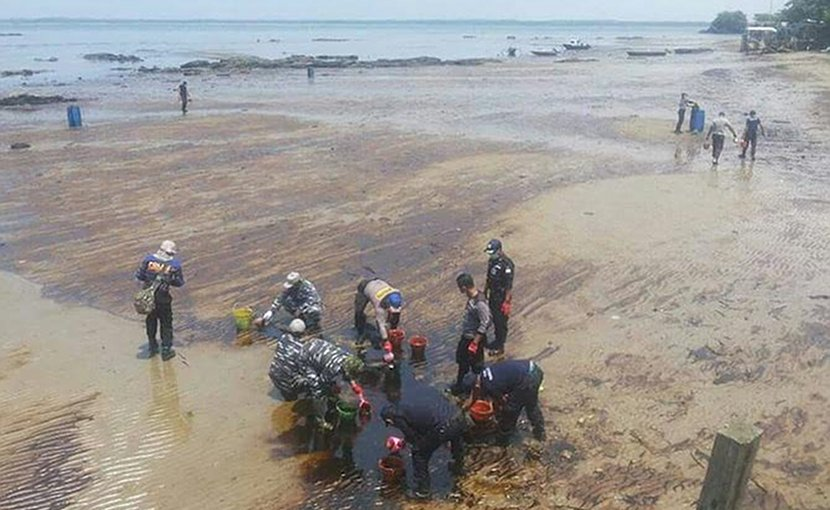 Coastal areas near Balikpapan, East Kalimantan, face a big clean up operation following an oil spill from an underwater pipeline nearby. (Photo supplied)