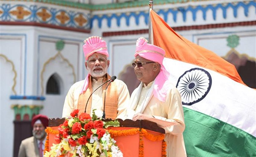 The Prime Minister, Shri Narendra Modi with the Prime Minister of Nepal, Shri K.P. Sharma Oli, at Janakpur, Nepal. Photo Credit: India PM Office.