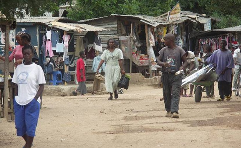 Photograph of the Buduburam refugee camp west of Accra, Ghana. Photo by Andy Carvin, Wikimedia Commons.