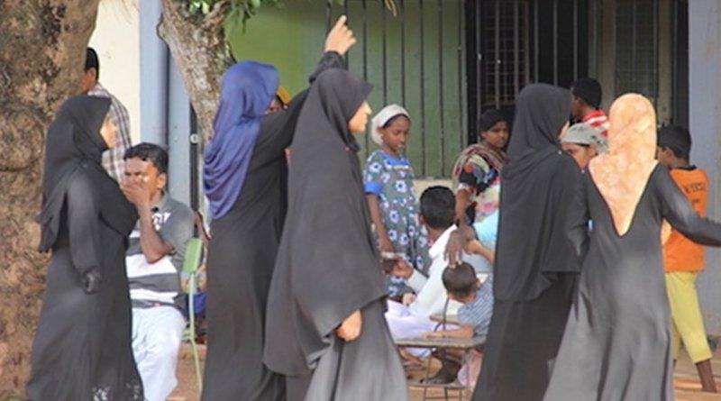 A file image of a group of Sri Lankan Muslim women. Muslims (mainly Sunni) make up 9.7 percent of Sri Lanka's population of 21 million. (ucanews.com photo)