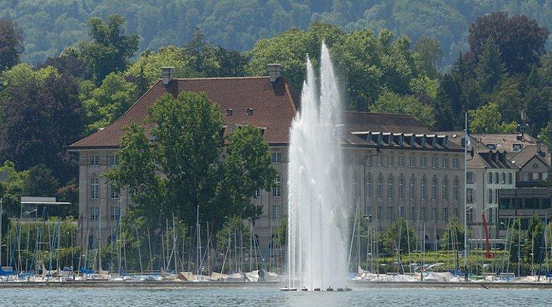 Swiss Re corporate headquarters at Mythenquai in Zurich. Photo Credit: Jochen Teufel, Wikimedia Commons.