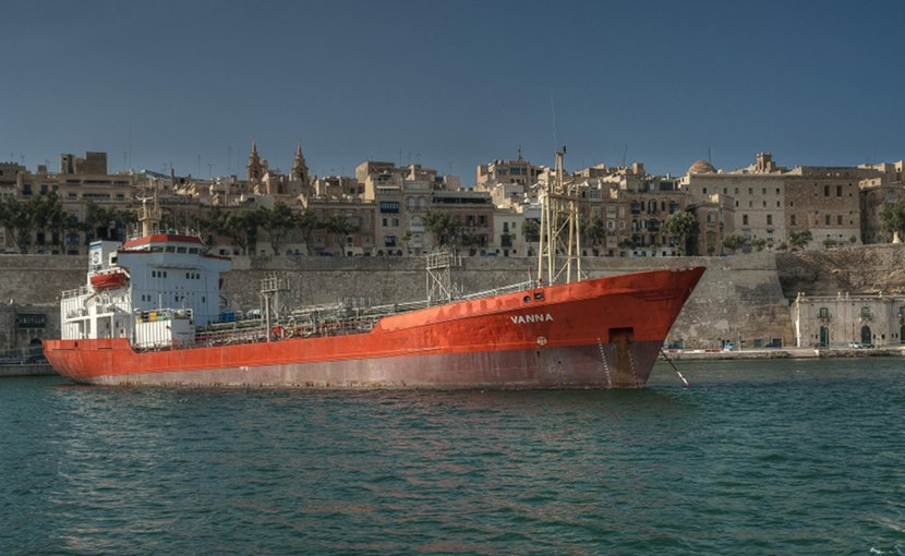 ship shipping tanker