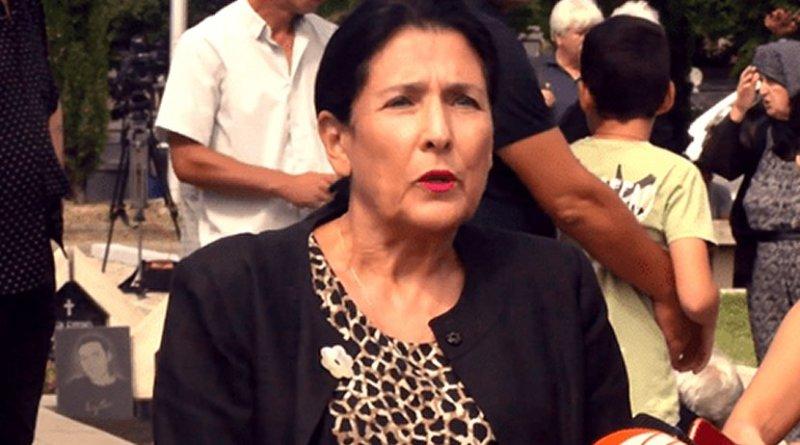 Salome Zurabishvili at Mukhatgverdi military cemetery, August 8, 2018. Photo: screengrab from a video published at facebook.com/salome.zourabichvili
