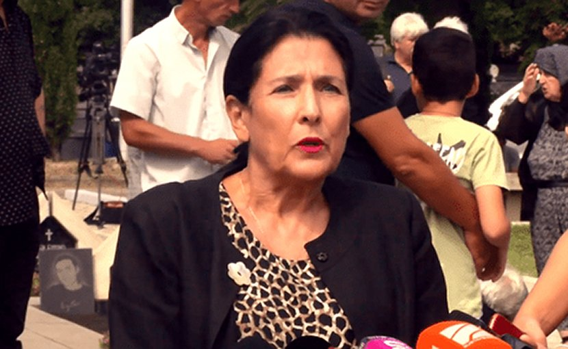 Salome Zurabishvili at Mukhatgverdi military cemetery, August 8, 2018. Photo: screengrab from a video published at facebook.com/salome.zourabichvili